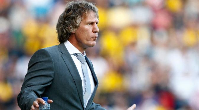 AZ shockingly sack Verbeek